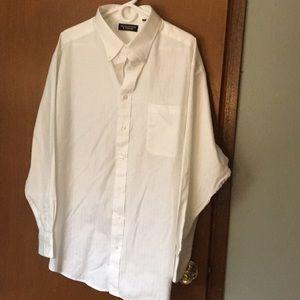 Roundtree & York white button down shirt